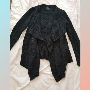 Abercrombie and Fitch black blanket cardigan